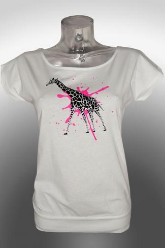Giraffe-Batwing t-shirt